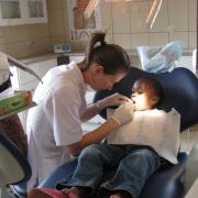 large_Kabuga-stomatolog-07.JPG